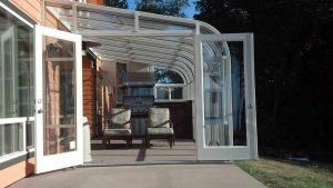 curve-eave-sunroom-02
